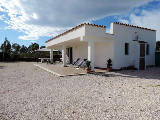 Villa Su Catreathu