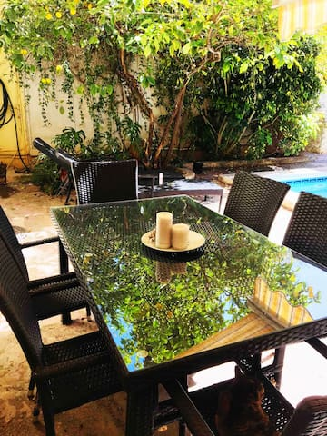 Homestay Twin/Double  in  villa w/ Pool and Garden
