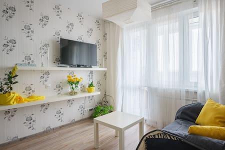 Апартаменты с большой кроватью!!!!! - Минск - Wohnung