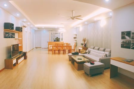★ SPACIOUS BEACH-FRONT SUITE 3BR ★
