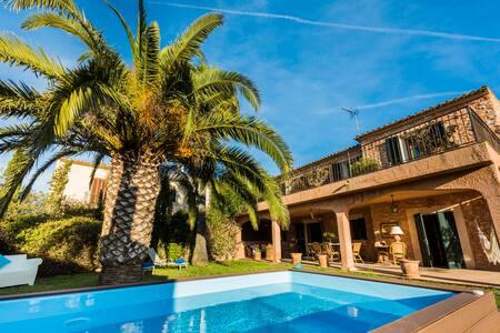 Preciosa Villa Gran Llombards - Es Llombards