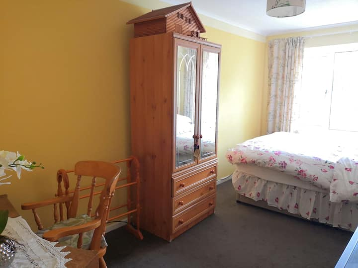 Peaceful accessible double bedroom