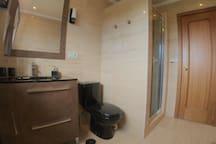 Bathroom twin