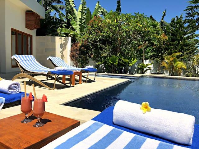 Luxury relaxing sea view villa West-Bali