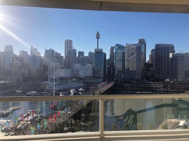 NEW- ULTIMATE DARLING HARBOUR APARTMENT. (parking)