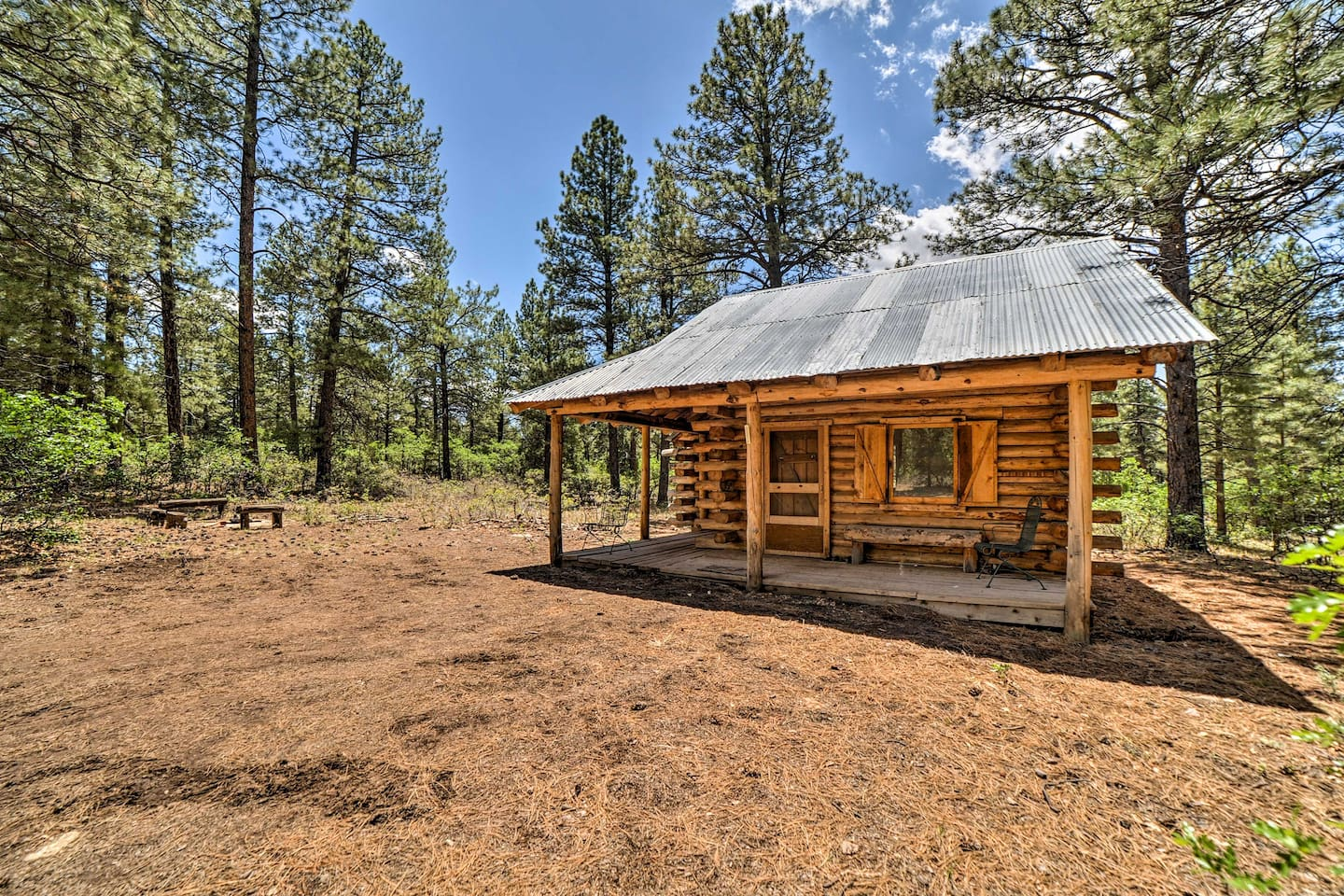 Sneak away to Lost Canyon Ranch and stay at this vacation rental cabin!
