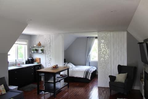 Light and airy studio loft