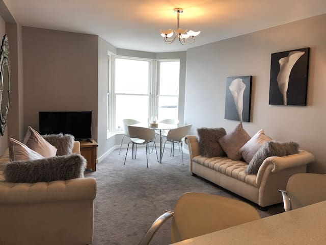 Luxury apartment overlooking Morecambe Bay