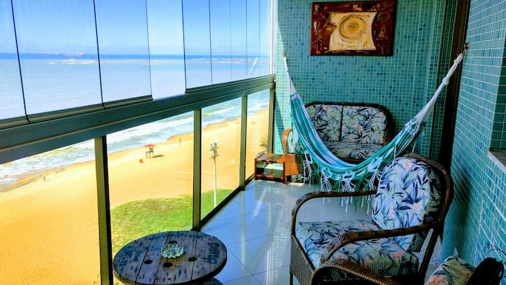Cristal Residence - De frente pra Praia da Costa