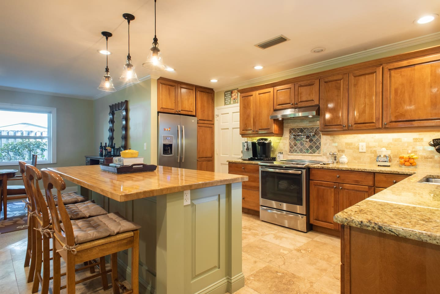 Full equipped kitchen available for you.
