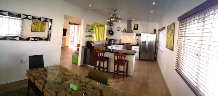 Experience Cosmo Caribbean Aruba - Casa Cosmo