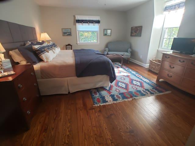 The Commander's Room ( The Miller-Dunham House)