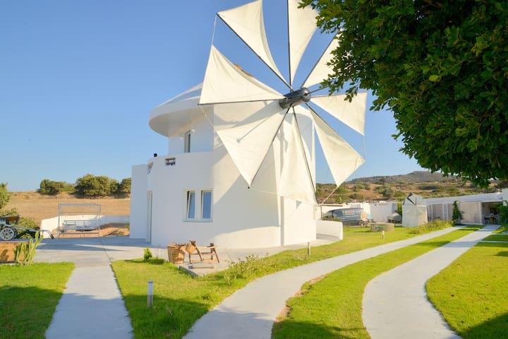 villa windmill
