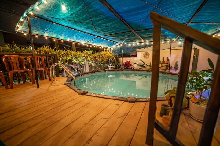 3-bedroom apartment w/pool