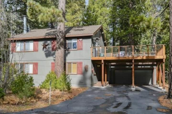 Tahoe House Retreat, Tahoe City, West Shore