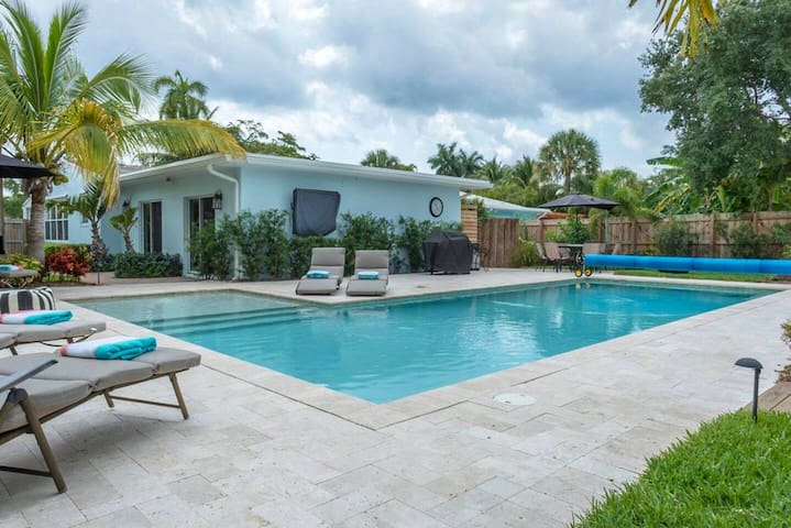 Private In-Law Suite w/Saltwater Pool