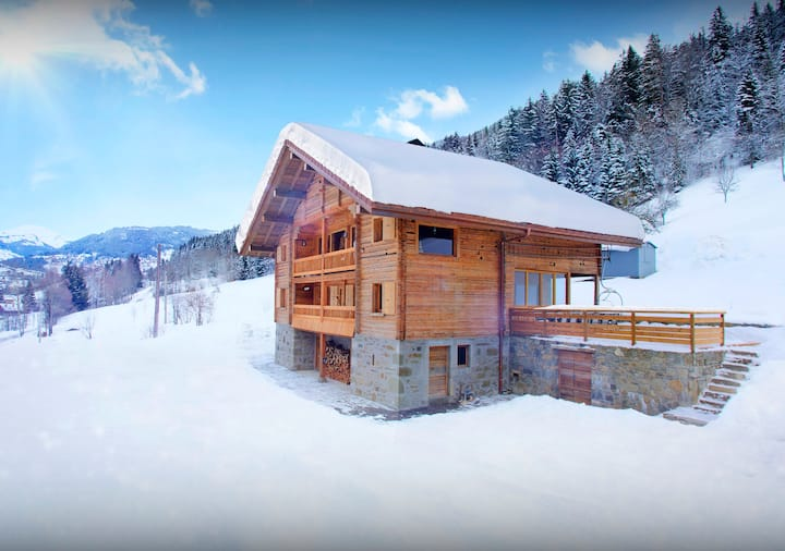5 star family-friendly chalet in the heart of great skiing - OVO Network