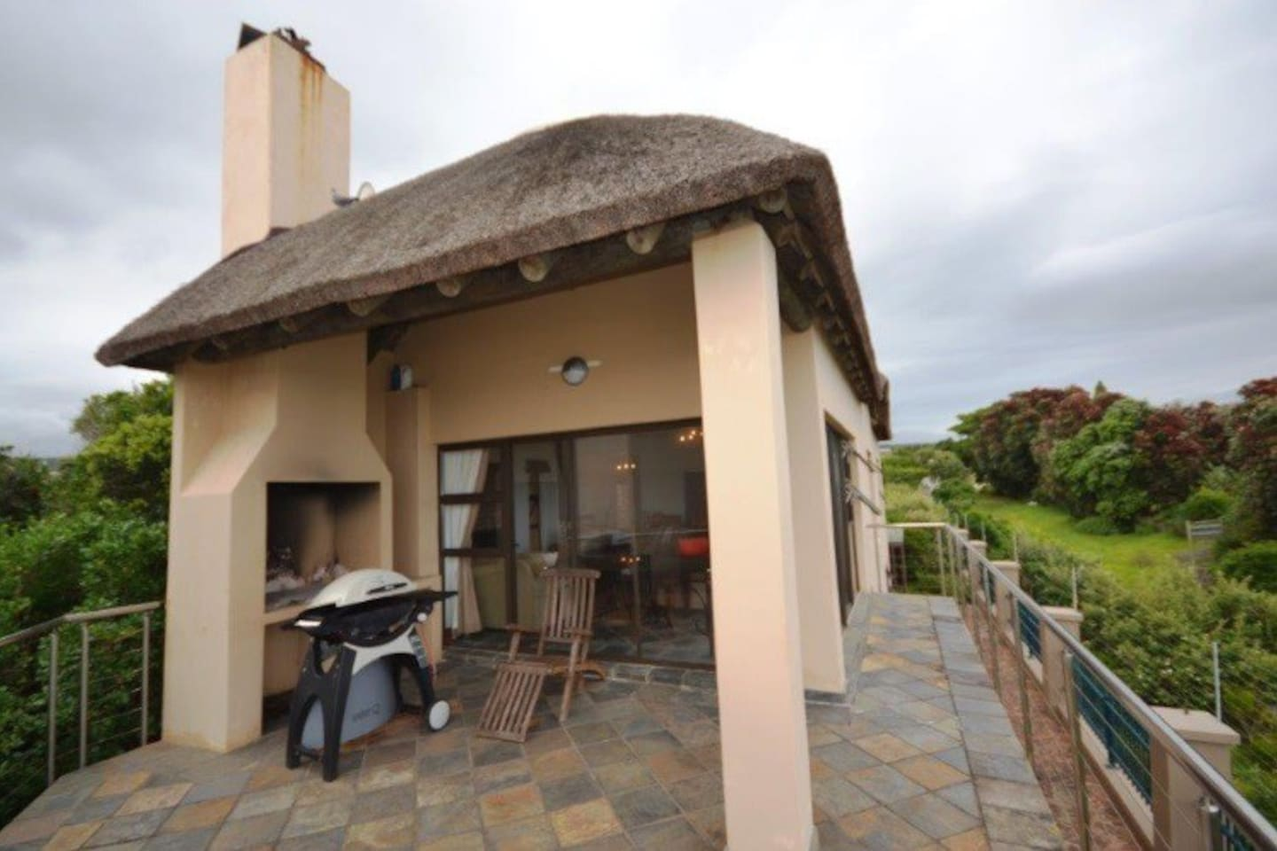 dolphin close wilderness garden estate houses for rent in wilderness: heater table aaad
