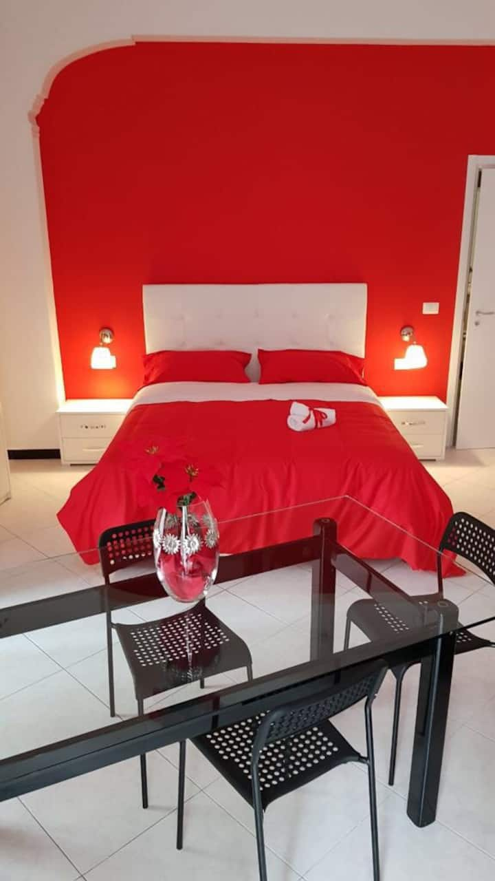 Room Red Heart5