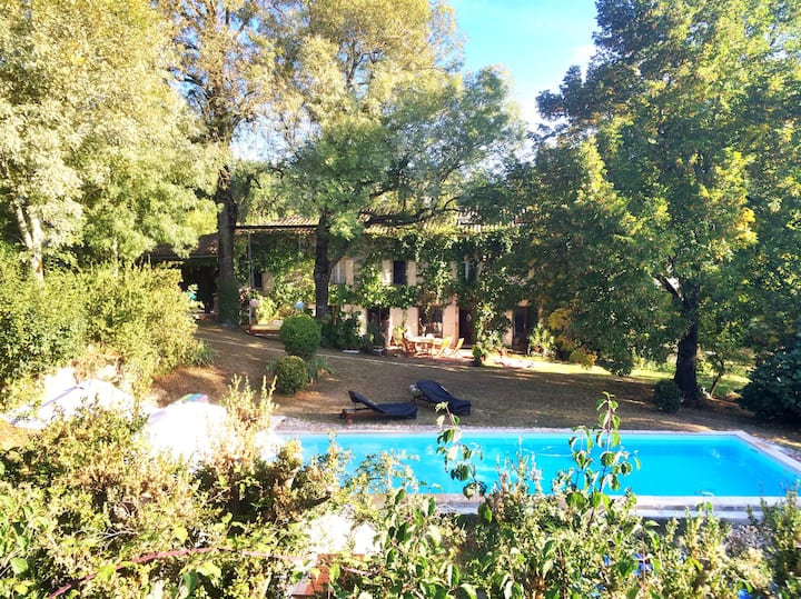 Fantastic country house with swimming pool