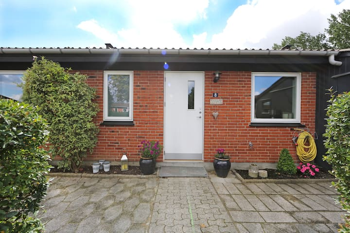 Lovely home close to CPH and ocean