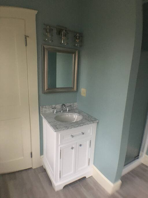 Brand New 1st Floor Bath!