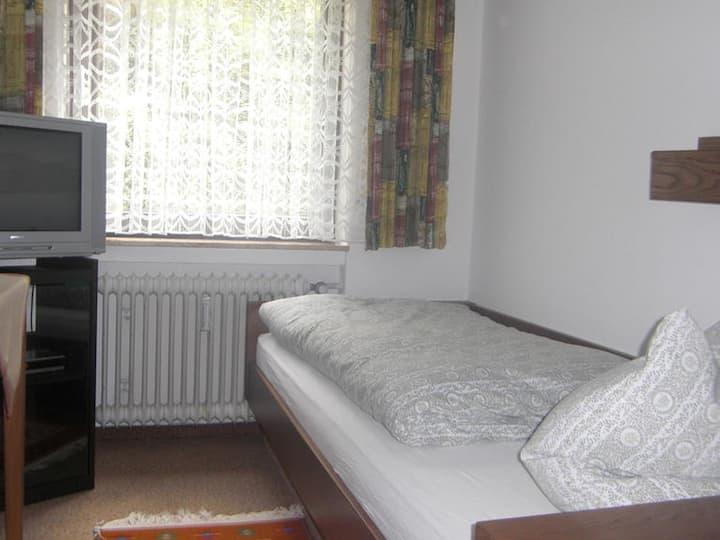 Pension Schwarzwaldblick, (Hornberg), Einzelzimmer mit Dusche/WC