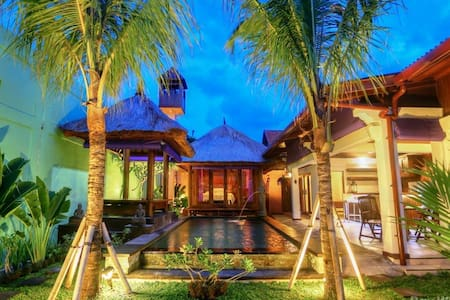 Pokoj pro dva se šatnou - South Denpasar - 別荘