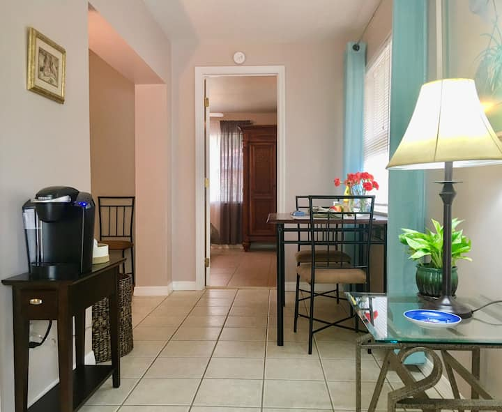 Walk to the Beach! Remodeled 1BD with Big Patio