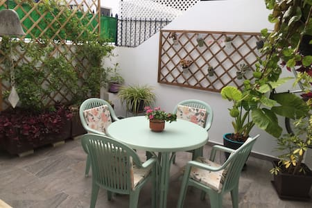 ACOGEDORA CASA DE DOS PLANTAS