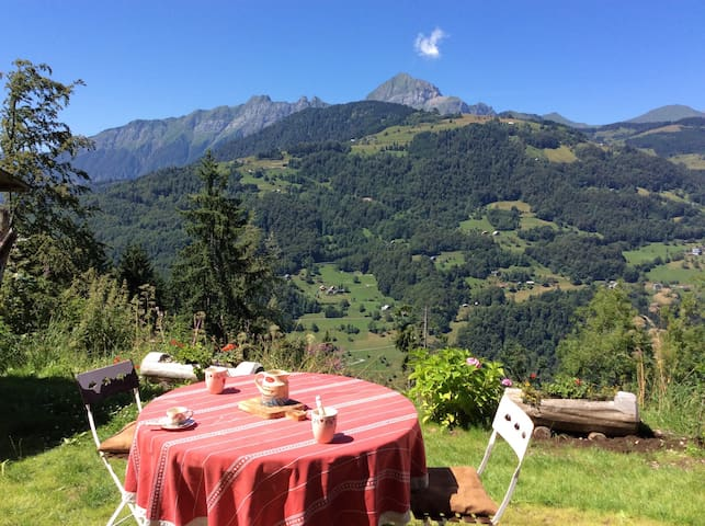 Alps; cosy chalet, amazing view - Cohennoz - Chalet