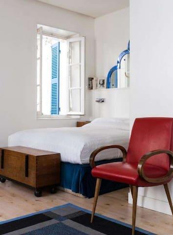 Exquisite 1 bedroom apartment