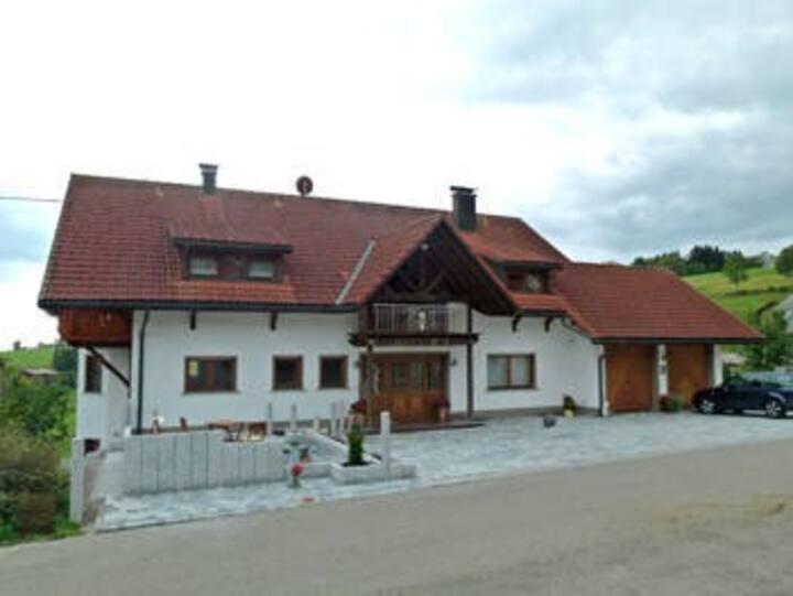 Ferienwohnungen Dietsche, (Dachsberg), Ferienwohnung Rosi, 65qm, 1 Schlafzimmer, max. 3 Personen