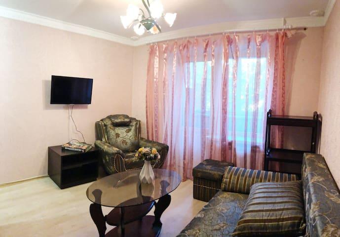 Comfortable apartment on Olimpiiska station