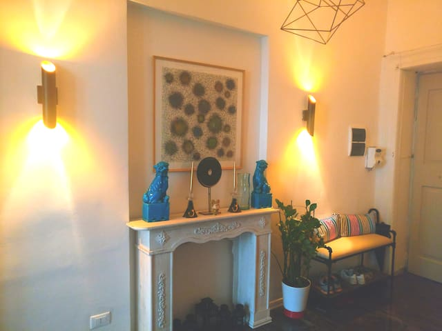 Retro-chic Apartment in Viale XX settembre