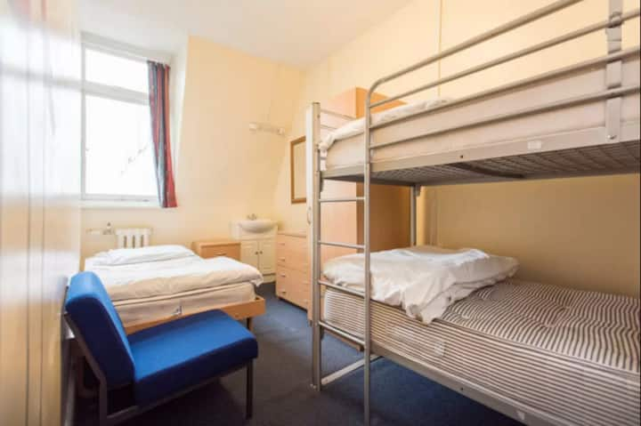3 person room in London theatreland