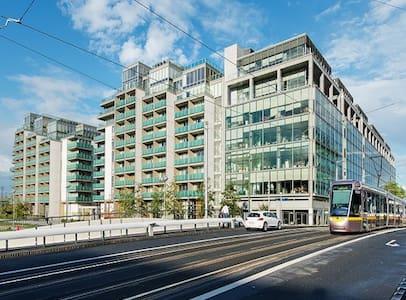 Modern Private 2 Bedroom Apartment in City Center - Dublin 1 - Apartament