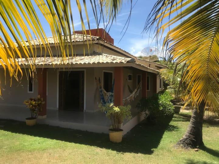Linda Casa de Praia, 3/4, churrasqueira Itacimirim