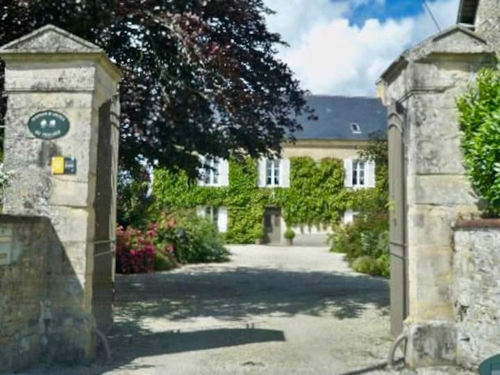 Roulage Ferme 18ème Jardin Parking Normandie Plage