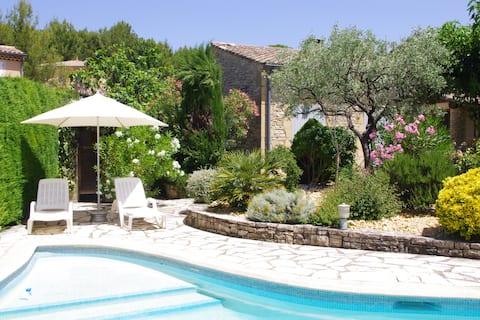 Provençal sweetness among olive trees