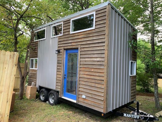 West Asheville Tiny House - Hot Tub