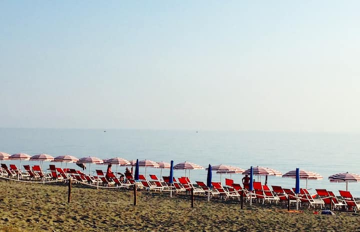 1 Bedroom flat by the Tirrenian Sea