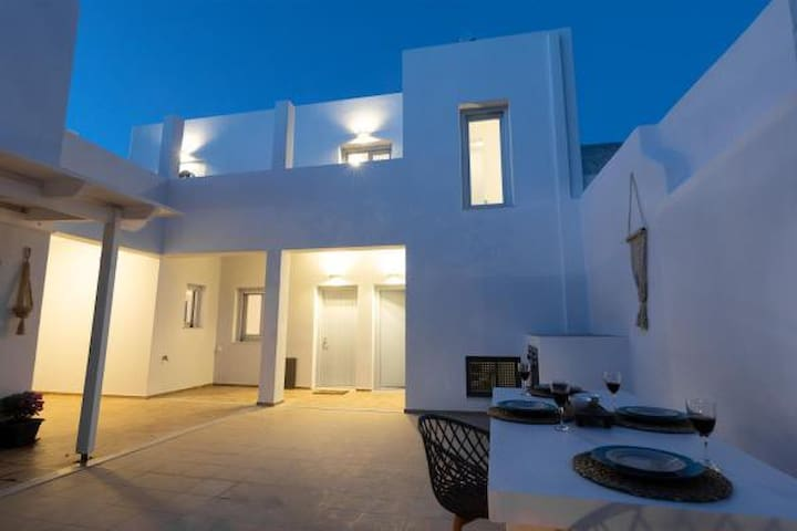 DS Traditional Villas Santorini ( Villa 1 )