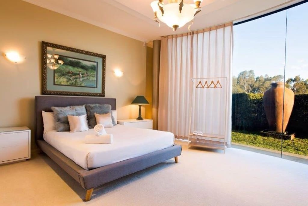 Garden View Room, queen bed and queen sofa, sleep four