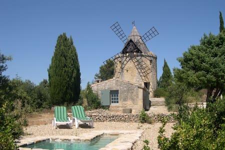 Moulin de maitre Cornille - Castillon-du-Gard - Inny