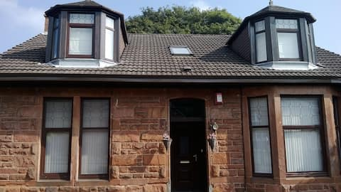 comfortable  home from home  wheelchair access