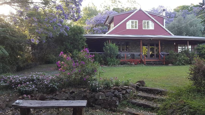 Bluestone House Maleny