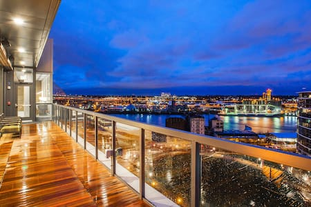 Upscale Pearl District Furnished 2 Bedroom - Portland - Apartment