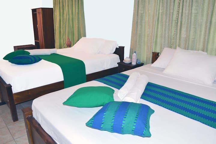 Empyrean Airport Hotel -Triple room
