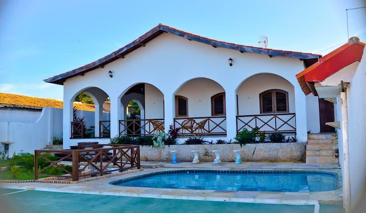 Casa perfeita na Praia do Morro Branco - 4 suítes